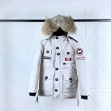 Canada Goose Down Jaket 150th anniversary With Removable Real coyote fur ruff Women-BY (39)